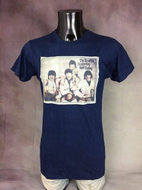 T-Shirt The Beatles, Edition Yesterday and Today, Véritable Vintage Années 70, Made in USA, Transfert,Taille S, Couleur Bleu Foncé, Unique Pop Rock Sixties Homme