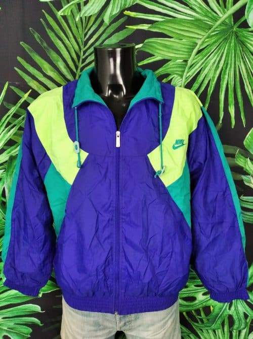 Veste Windbreaker NIKE, Vintage Années 90, Made in Thailand, Taille M, Couleur bleu, vert, jaune fluo, Intérieur doublé, Etiquette Grise et rouge, Coupe-Vent Sports Homme