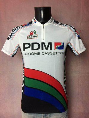 Maillot PDM Chrome Cassettes Team, Saison 1990, Marque Ultima, Made in Italy, Véritable Vintage 90s, Taille L, Couleur Blanc, Rouge, Bleu, Vert, Noir, Tour de France, Course Cycle Vélo Cyclisme Homme