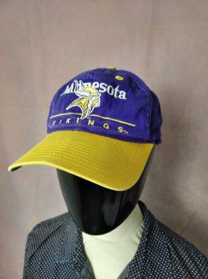 Casquette Minnesota Vikings, marque Eastsport, Official Licence Team NFL, Véritable Vintage année 90s, Visuels brodés, Taille Unique, Couleurs Violet et Jaune, Street Cap Gorra SnapbackHat Football Américain Unisexe