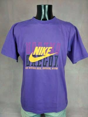 T-Shirt Nike, Edition Oregon, One Bowerman Drive, Beaverton, OR 97005, Véritable Vintage Années 90, Made in Greece, Taille L, Couleur Violet, Sneakers Sportwear Sports Homme