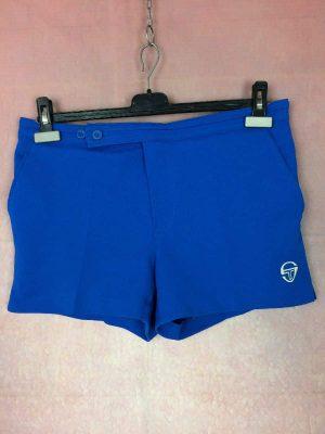 Shorts Sergio Tacchini, Véritable vintage années 80s, Made in Italy, Bouton et Scratch, Taille M, Couleur Bleu, Tennis Sports Homme