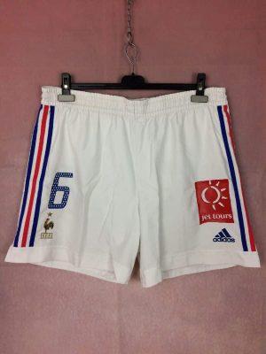Shorts France, Porté, version Home, saison 2002 - 2004, World Cup 2002, de marque Adidas, Made in Tunisia, Vintage 00s, technologie ClimaLite, Taille élastique, Taille XL, Couleur Blanc, FFF Team Football Homme