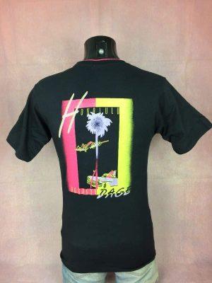 T-Shirt Rossignol Honolulu, série Vagabondage, Véritable Vintage Années 80s, Manches retroussables, Taille S, Couleur Noir et Rose, USA Fifties Surf Sports Homme