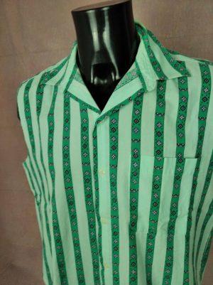 Chemise Vintage années 90s, Made in France, Pur Coton, Manches Arrachées, Taille L, Couleur Vert, Cut Off Punk RockDesign Old School Homme