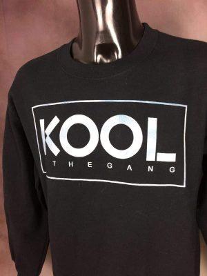 Sweatshirt Kool and the Gang, Véritable Vintage années 90s, Marque Gildan, Taille M, Couleur Noir et Argent, Sweater Sportwear Disco Funk Pop Old School Unisexe