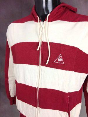 Veste VintageLe Coq Sportif, Véritable Années 70, 1er Marque Européenne, Capuche, Poches, Taille S, Couleur Rouge et blanc, France Sports Unisexe