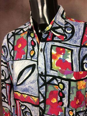 Chemise Le Saint, International Stil, Véritable Vintage Années 90s, 100% Viscose, Manches Longues, Taille L, Couleur Bleu et Multicolore, Art Funk Rock Design Shirt Homme