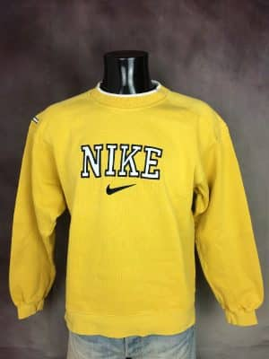 Sweatshirt Nike, Véritable Vintage Années 90s, Made in Malaysia, Logo Brodé, Patch Cousu, Taille L, Couleur Jaune, Blanc, Noir, Sport Sportwear Old School Unisexe