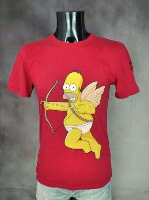 T-Shirt The Simpsons, Homer Cupidon, Année 2015, Licence Officielle Fox Film Corporation, Patch, Taille M, Couleur Rouge et Jaune, Série USA Cartoon Bart Homme