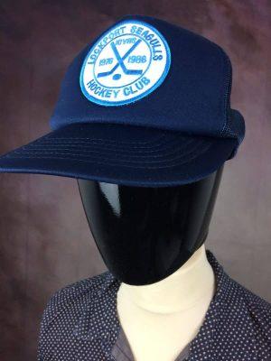 Casquette Lockport Seagulls Hockey Club, Edition 10 Years 1976 - 1986, Véritable Vintage Années 80, Made in Korea, Taille Unique, Couleur Bleu et Blanc, USA Sport Unisexe