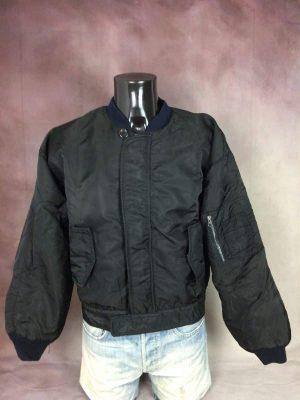 Schott Bros Bomber, Flyer Type Garment Spec. 86 19-MS, Drawer N. 358, Véritable Vintage Années 90s, 100% Nylon, Doublé et Rembourré, Taille M, Couleur Noir et Orange, Oversize Veste Unisexe
